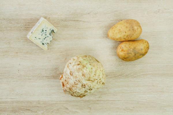 meal kit photo Velouté blanc de céleri-rave au bleu d'Auvergne 1 - La Ruche qui dit Oui ! à la maison