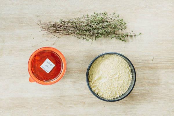 meal kit photo Panisses au thym et sauce tomatée 1 - La Ruche qui dit Oui ! à la maison