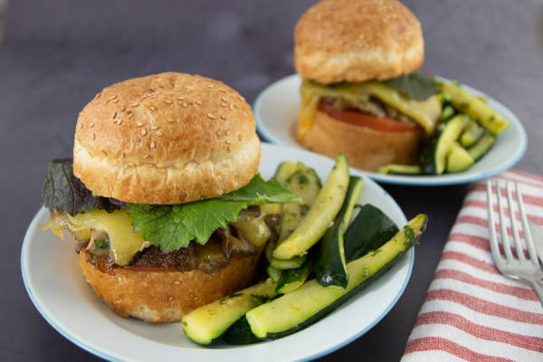 meal kit photo Kit burger veggie à la tomme de brie 1 - La Ruche qui dit Oui ! à la maison