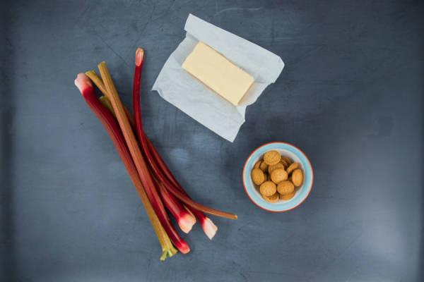 meal kit photo Crumble tellement rhubarbe 0 - La Ruche qui dit Oui ! à la maison