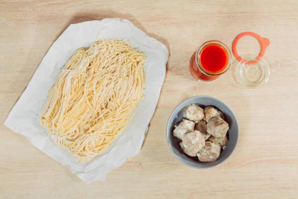 meal kit photo Kit spaghetti frais et ses boulettes tomatées 1 - La Ruche qui dit Oui ! à la maison