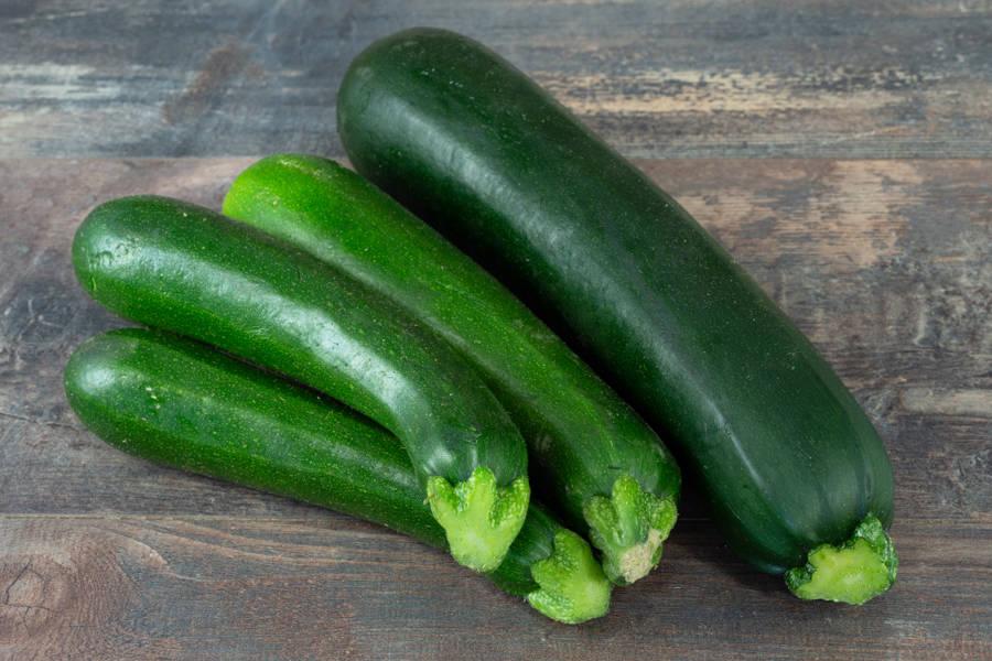 Courgette verte BIO - Les Légumes de Laura - La Ruche qui dit Oui ! à la maison