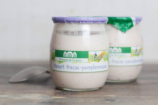 Yaourt fraise - huile essentielle pamplemousse - Ferme de Grignon - Le Comptoir Local