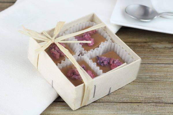 Caramels aux pétales de roses cristallisées boite de 4 - Les Nicettes