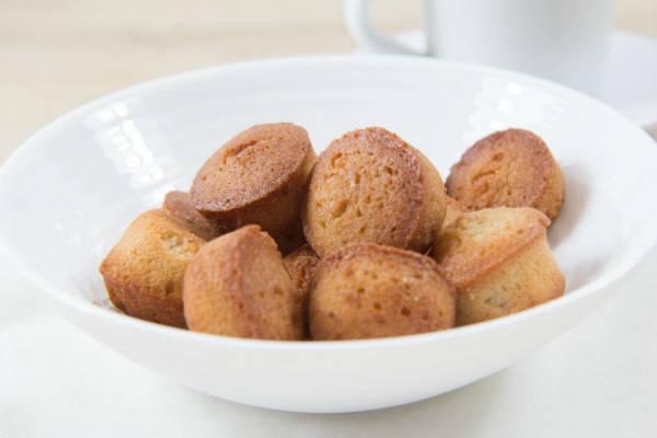 Financiers (sans gluten, sans lactose) - Ma petite pâtisserie sans gluten - Le Comptoir Local