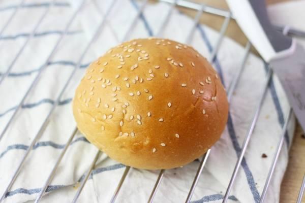 Pain à hamburger classique - Rachel's Cake