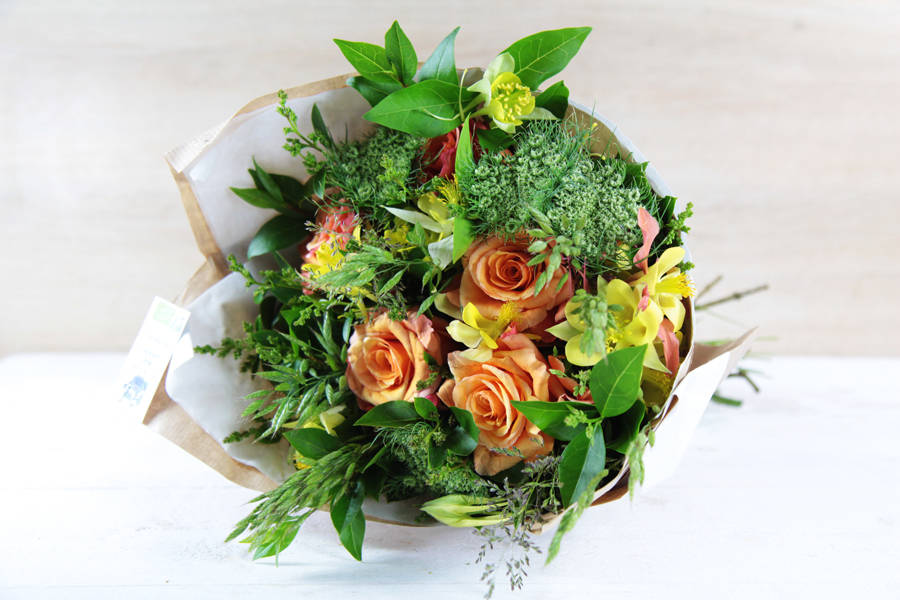 Petit bouquet jaune-orange BIO - Fleurs de Cocagne - La Ruche qui dit Oui ! à la maison