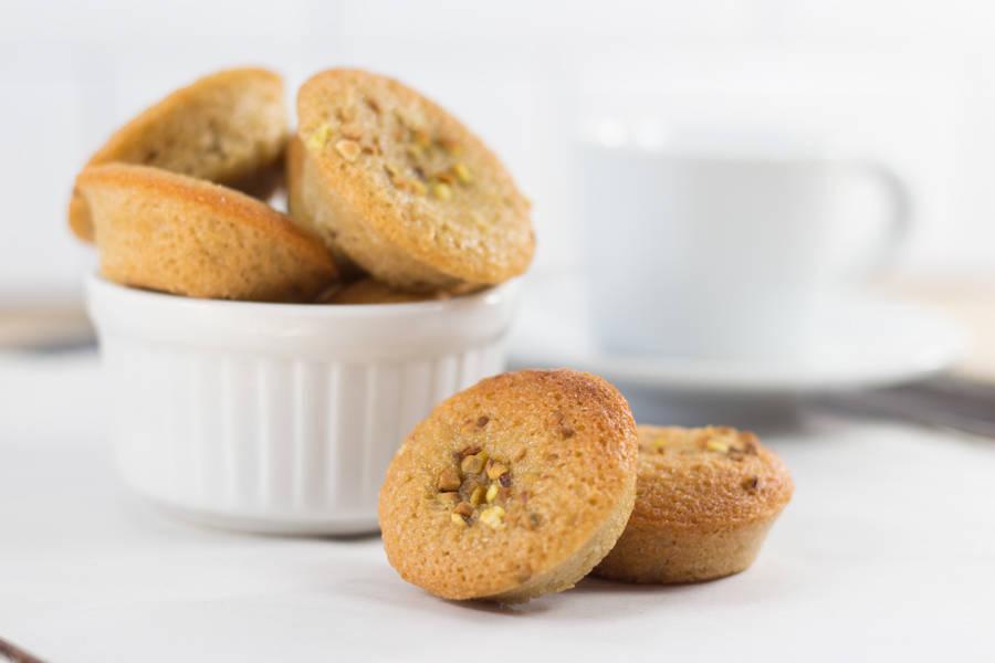 Mini financiers pistache - Les Desserts d'Ici - La Ruche qui dit Oui ! à la maison