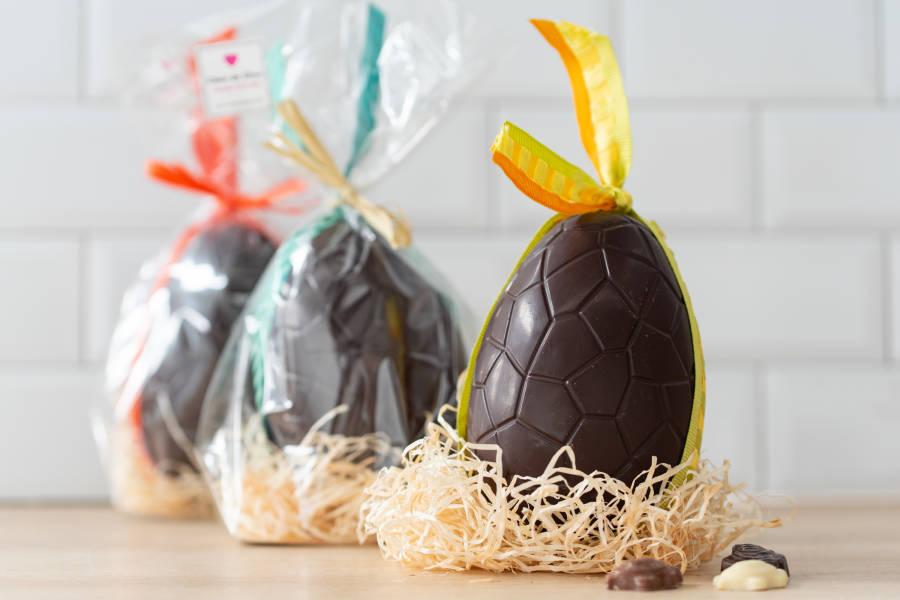 Oeuf garni Chocolat Noir BIO - Coeur de Choc - La Ruche qui dit Oui ! à la maison