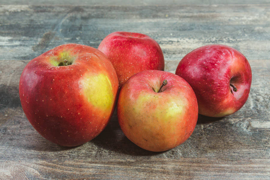 Pomme Fuji - Cueillette de Nolongue - La Ruche qui dit Oui ! à la maison