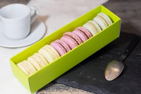 Macarons BIO, boîte de 8 (framboise, pistache, citron) - Délicieusement Bio