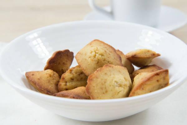 Madeleines (sans gluten, sans lactose) - Ma petite pâtisserie sans gluten - Le Comptoir Local