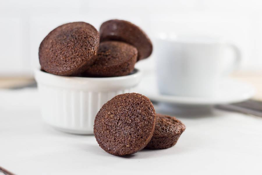 Mini financiers chocolat - Les Desserts d'Ici - La Ruche qui dit Oui ! à la maison