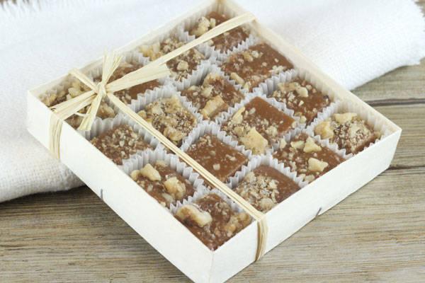 Caramels aux noix du Périgord boite de 16 - Les Nicettes