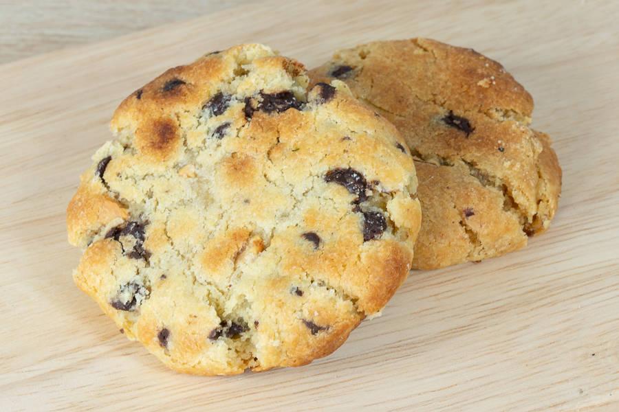 Cookie Chocolat Noir, Cacahuète et Beurre de Cacahuètes (x2) - Bloom - La Ruche qui dit Oui ! à la maison