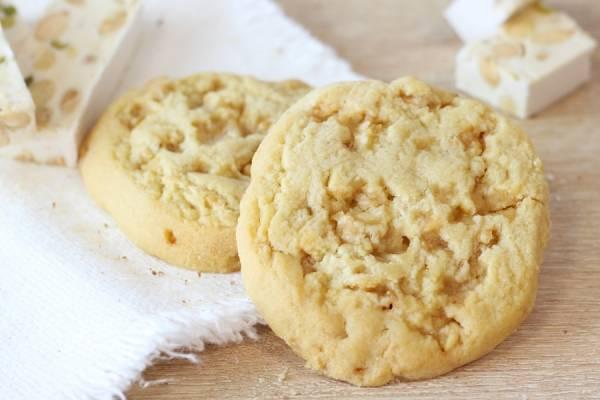 Cookie au nougat de montélimar - La Fabrique à Cookies