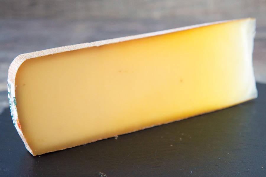 Comté fruité AOP 500g - Fruitière du plateau Arboisien - La Ruche qui dit Oui ! à la maison