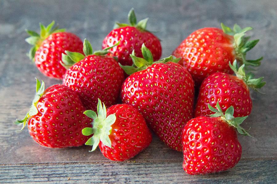 Fraises - Les Fruits Rouges de mon Jardin - La Ruche qui dit Oui ! à la maison