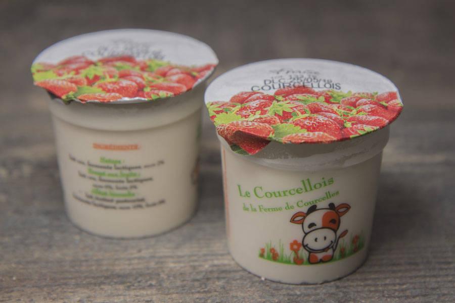 Petit-suisse à la fraise - Ferme de Courcelles - La Ruche qui dit Oui ! à la maison