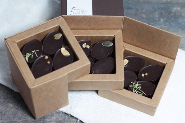 Assortiment de 12 chocolats BIO - Mon Jardin Chocolaté - Le Comptoir Local