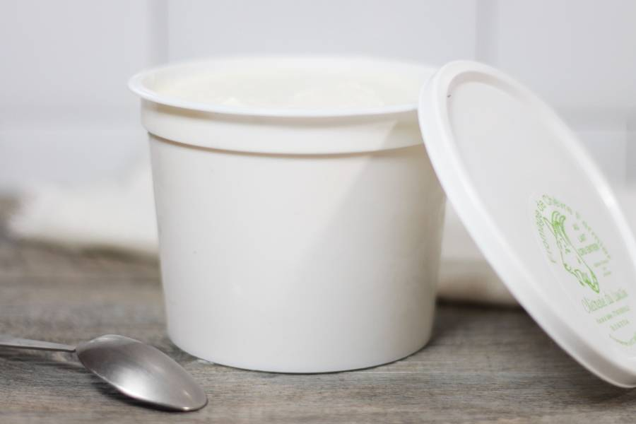 Fromage blanc au lait de chèvre - Chèvrerie du Lunain - La Ruche qui dit Oui ! à la maison