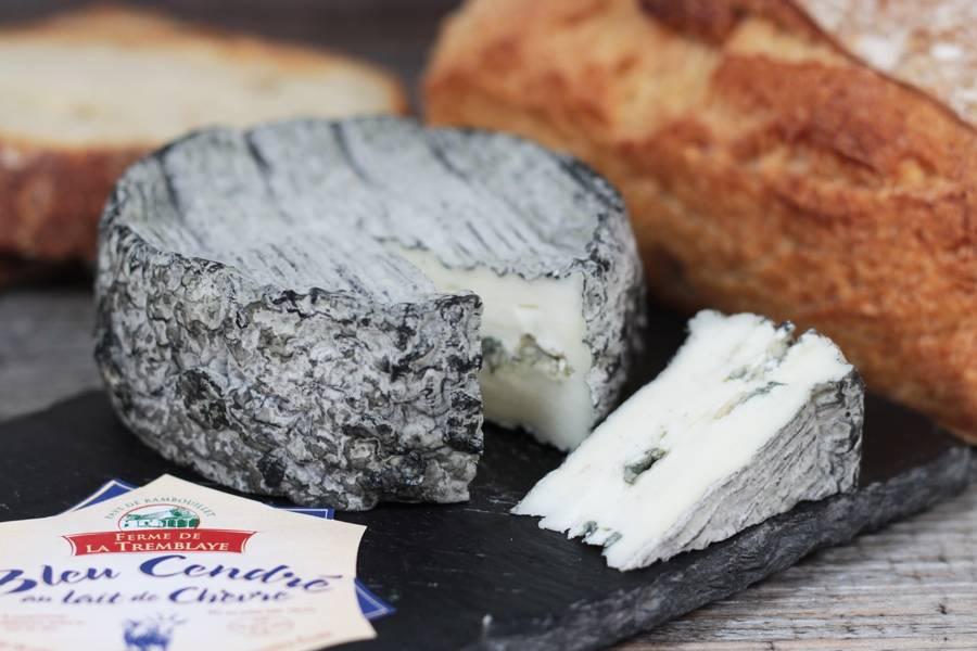 Bleu de chèvre cendré - Ferme de Jouvence - La Ruche qui dit Oui ! à la maison