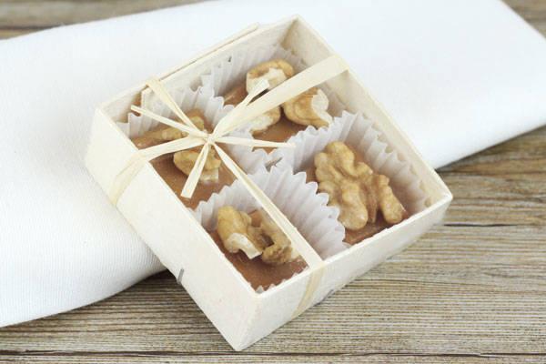 Caramels aux noix du Périgord boite de 4 - Les Nicettes