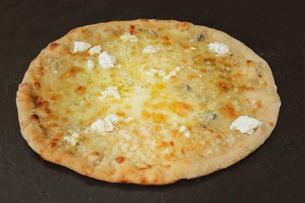 Pizza 3 fromages - base crème BIO - God Bless Broccoli - Le Comptoir Local