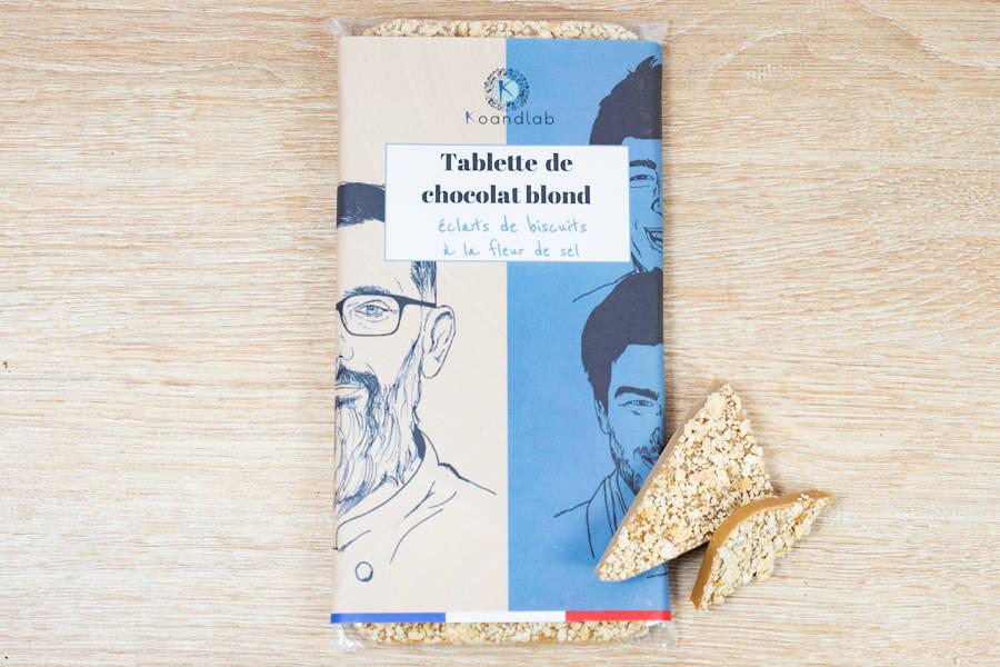 Tablette de chocolat blond 34% Éclats de biscuits à la fleur de sel - KoandLab - La Ruche qui dit Oui ! à la maison