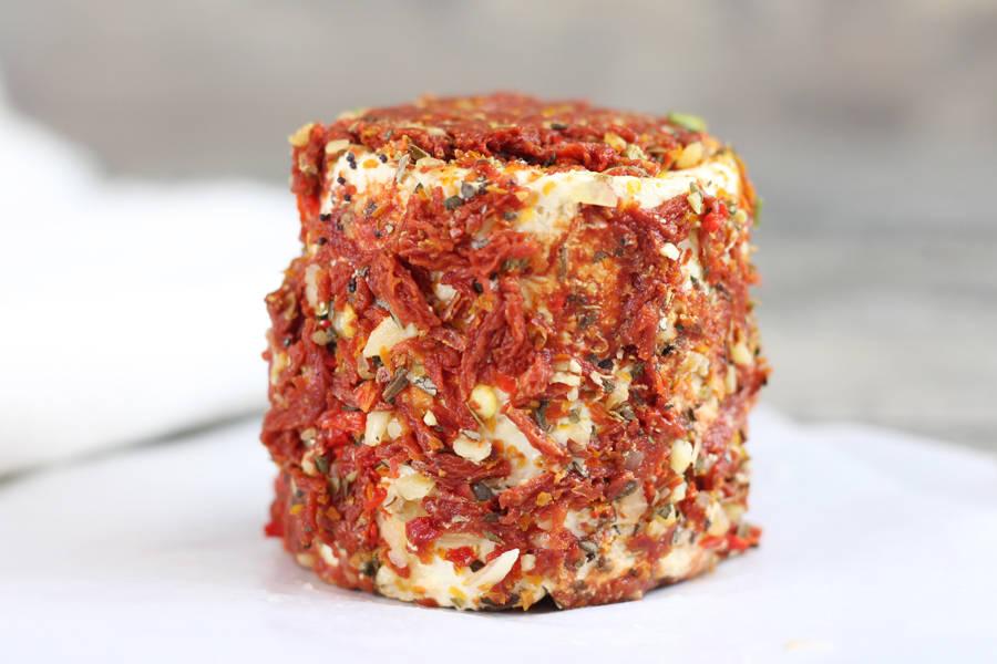 Grand crottin de chèvre Bruschetta - L'enclos des chevrettes - La Ruche qui dit Oui ! à la maison