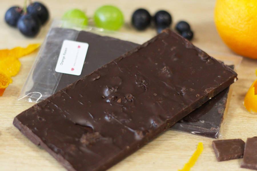 Chocolat Noir orange raisin BIO - Coeur de Choc - La Ruche qui dit Oui ! à la maison