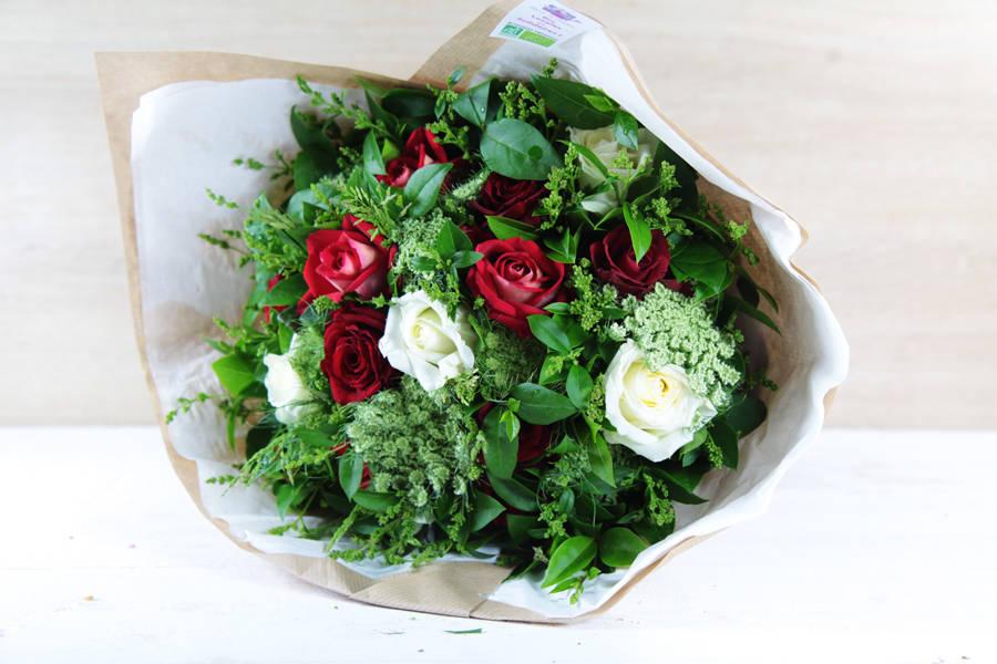 Bouquet fête des mères rouge et blanc BIO - Fleurs de Cocagne - La Ruche qui dit Oui ! à la maison