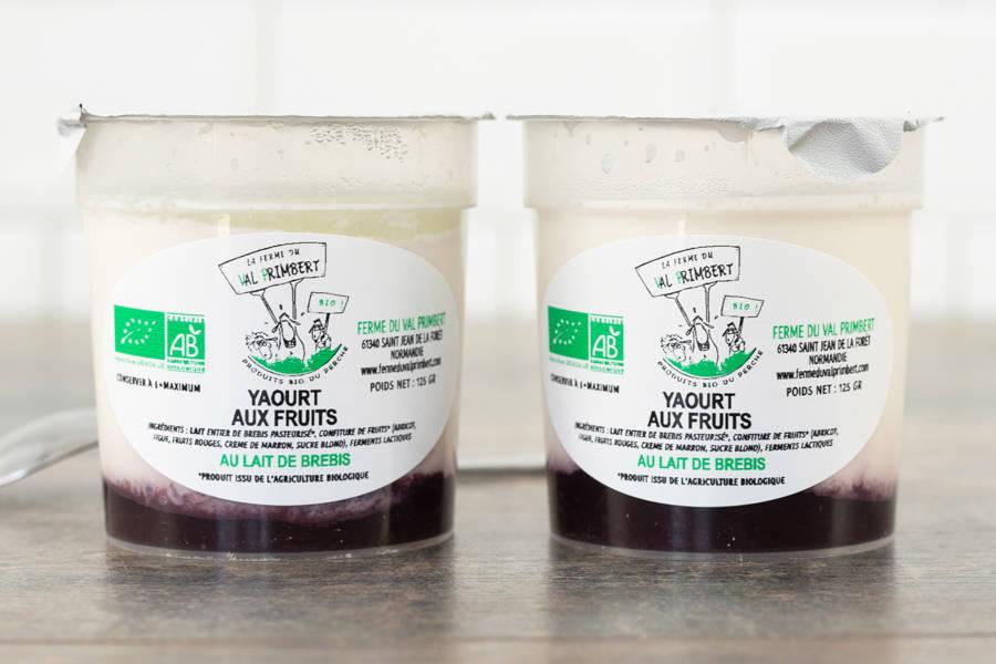 Yaourt de brebis fruits rouges BIO - Ferme du Val Primbert - La Ruche qui dit Oui ! à la maison