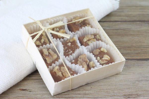 Caramels aux noix du Périgord boite de 9 - Les Nicettes